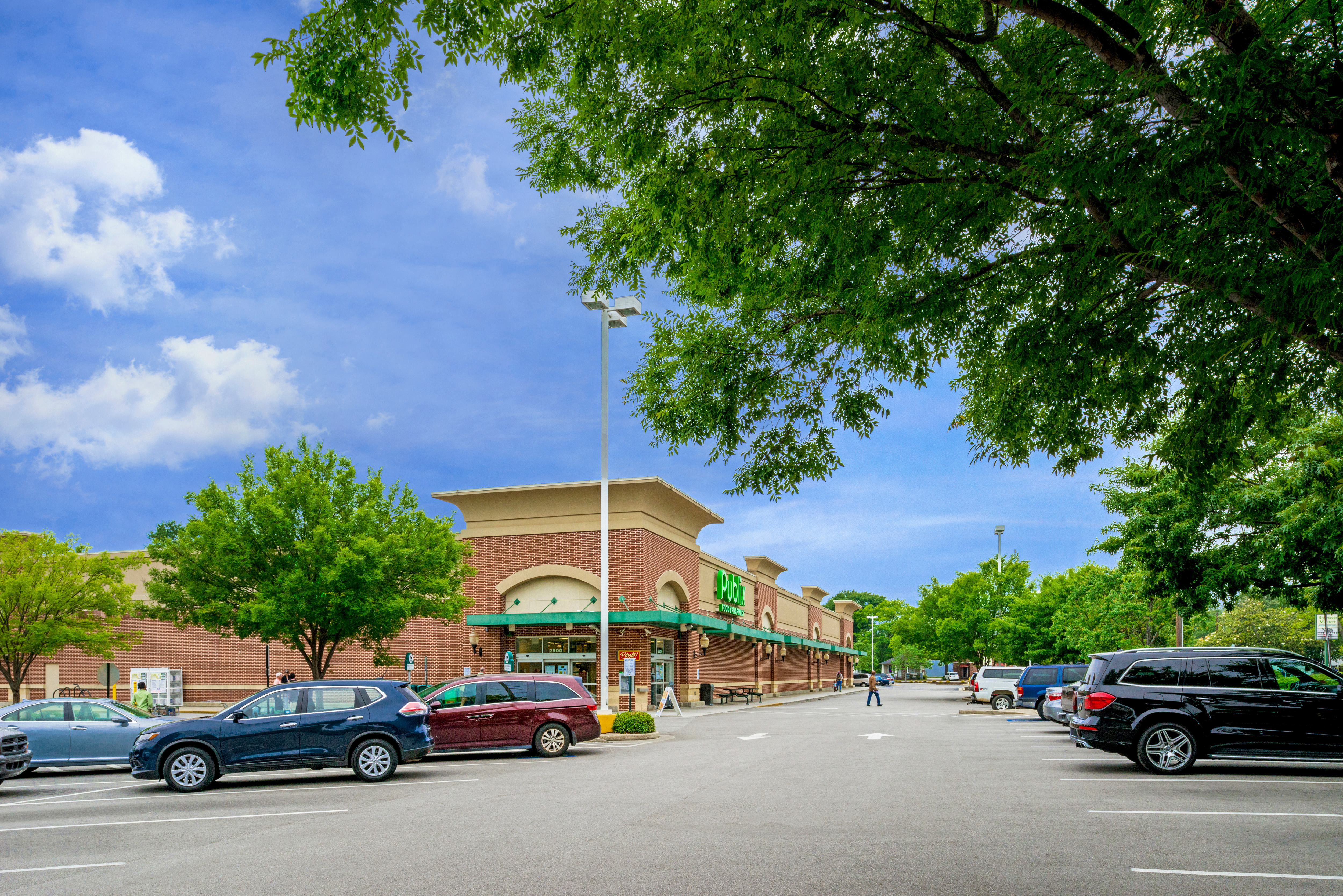Rosewood Shopping Center Photo